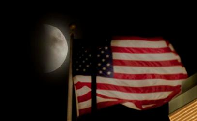 supermoon_americanflag_1443429660083_24477274_ver1_0_640_480