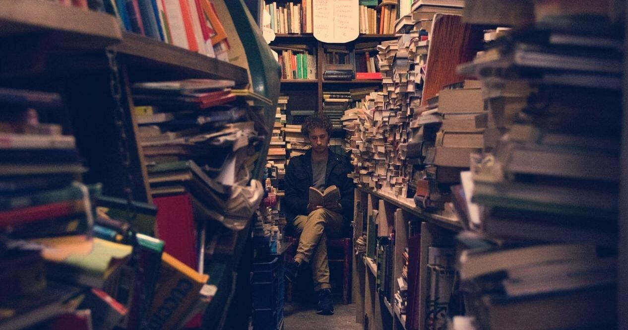 TBR stress - why I want a minimalist library